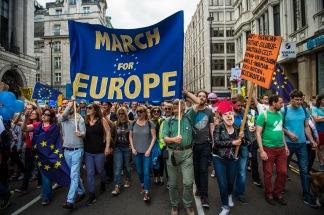 Protestas a favor de la permanencia - ¿quien podía pensar que algún día veríamos a los británicos (a varios miles al menos) manifestandose a favor de la UE y su permanencia? Foto -Garon S publicada en Flickr bajo licencia CC